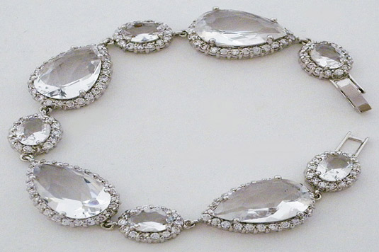 wedding-accessories-laura-jayne