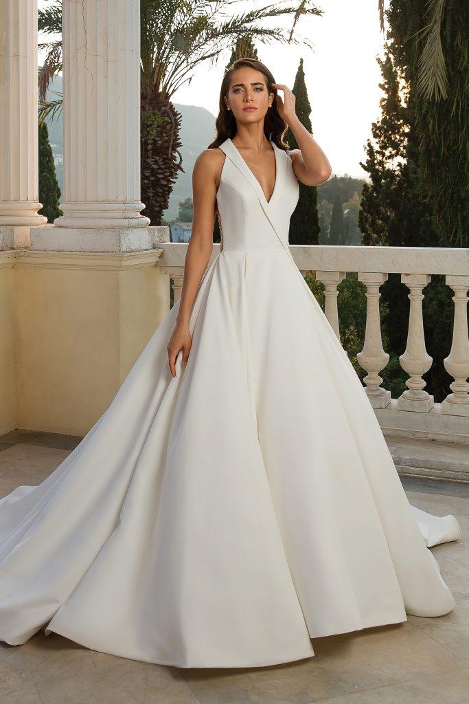 New-York-Bride-Groom-Columbia-halter-ballgown-Justin-Alexander-88072-scaled